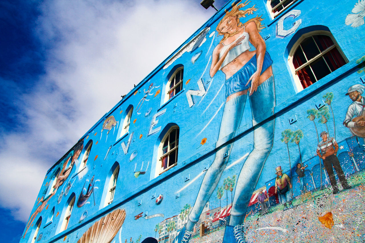 VENICE BEACH, UNITED STATES - OCT 03, 2016: view of painted walls in Venice beach in Los angeles, california, united states 43 Golden Moments America Art ArtWork California Eyeem Collection Famous Place Getty Getty Images Getty X EyeEm Gettyimages Hello World Losangeles Outdoors Painted Wall Santamonica Sky Stockphoto The OO Mission United States Venice Beach Walls Women