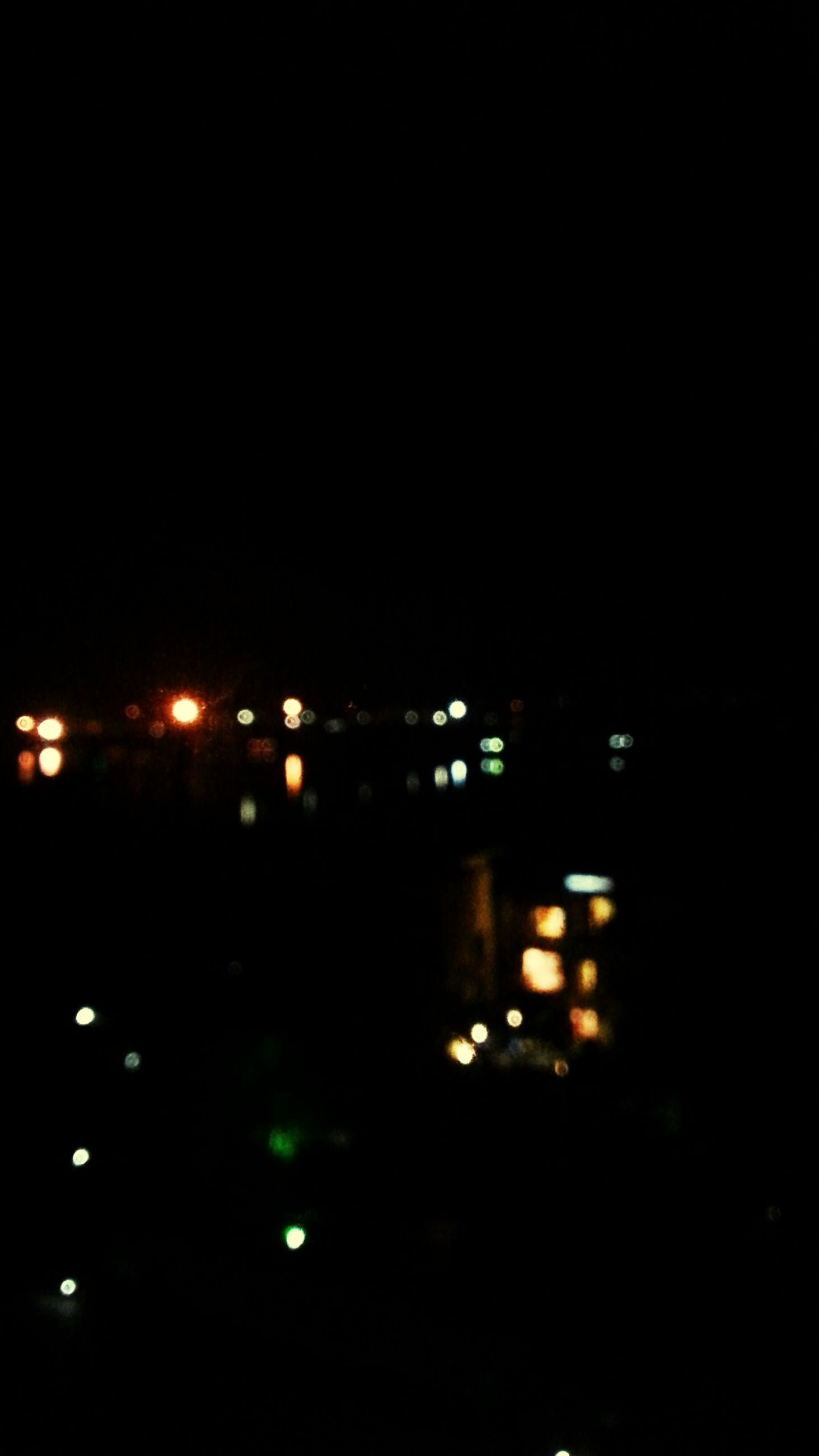 night, illuminated, building exterior, architecture, built structure, dark, city, copy space, lighting equipment, light - natural phenomenon, building, sky, clear sky, no people, outdoors, residential building, light, street light, residential structure, window