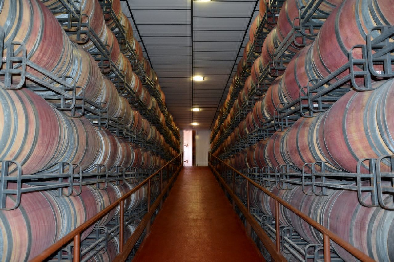 Alcohol Bodega Cellar Day Factory Food And Drink Industry Illuminated In A Row Indoors  Industry Large Group Of Objects No People Shelf Stack Warehouse Wine Cask Wine Cellar