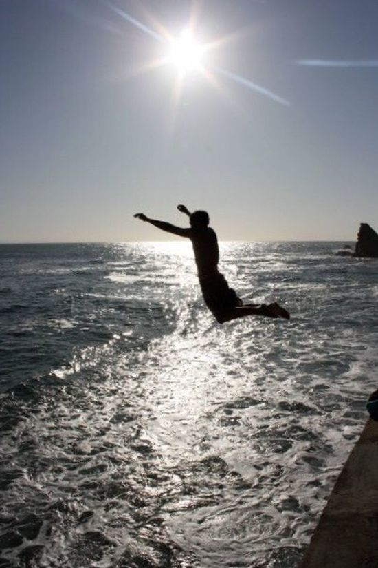 Photography In Motion Jump Biarritz Côte Des Basques Ocean View Motionphotography Contre-jour