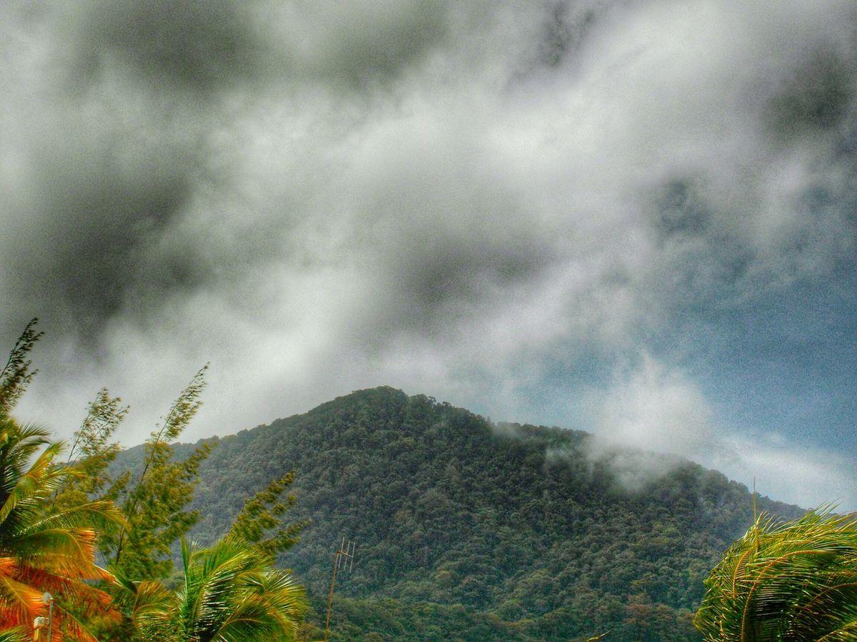 Hdroftheday Maracas Trinidad And Tobago Clouds And Sky Mountain Range