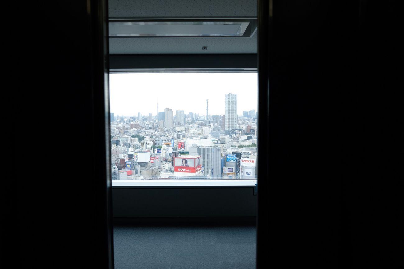 Skyscraper Window Tokyo Fujifilm_xseries Fujifilm X70