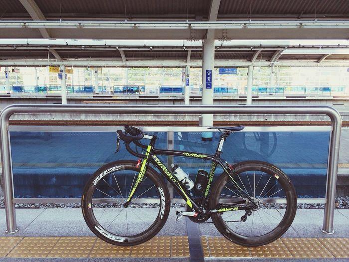 분언니와 데이트 끝! 하얗게 태우고 이제 집에 복귀... Wilier shimano-105 Zipp -404 Garmin -810 Subway Station