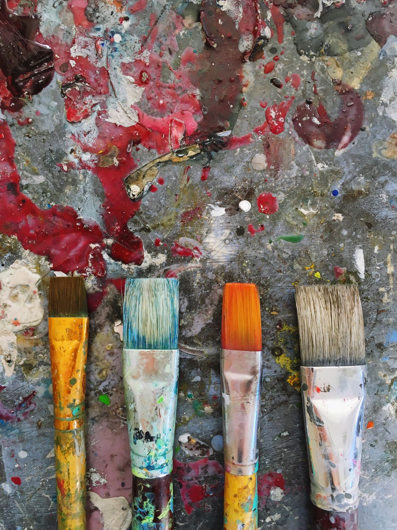 Brushes coverd with paint Paintbrush Paint Oil Paint Palette Multi Colored No People Indoors  Close-up Day Painter Architecture Brushes Work Tool Colorful Backgrounds Art Wood - Material Choice Indoors