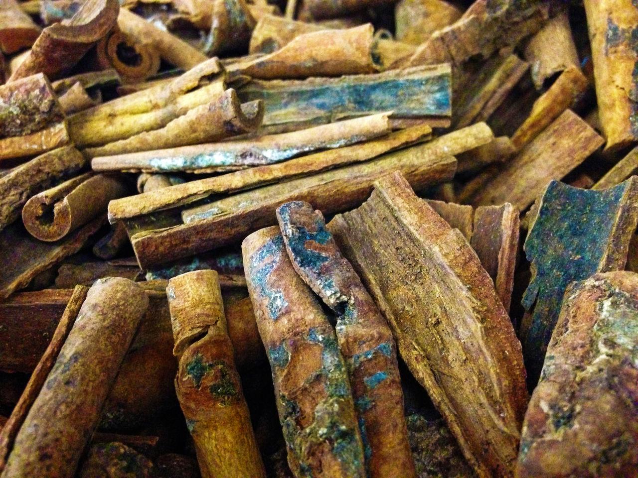 Full Frame Shot Of Cinnamons For Sale At Market Stall