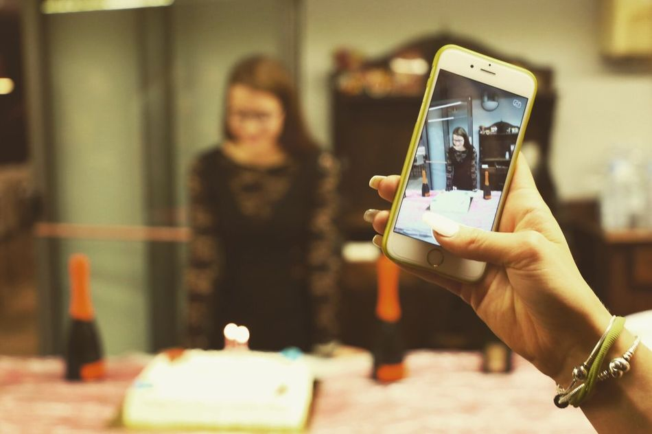 Beautiful stock photos of geburtstagskuchen, human hand, wireless technology, focus on foreground, communication