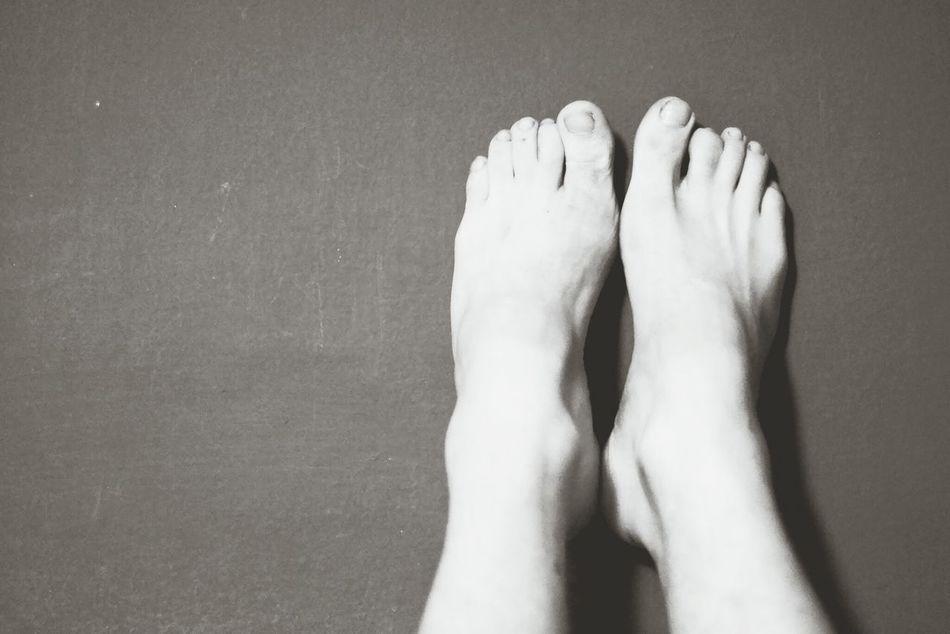 Beautiful stock photos of medical, Barefoot, Body, Boredom, Enjoyment