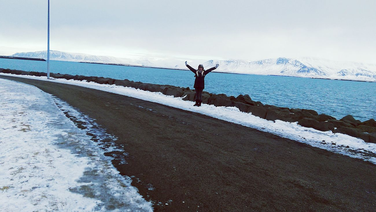 Hello World That's Me Iceland Trip Enjoying Life Mountains And Sky Snow ❄ Exploring New Ground Seeing The World Reykjavik The Great Outdoors - 2015 EyeEm Awards