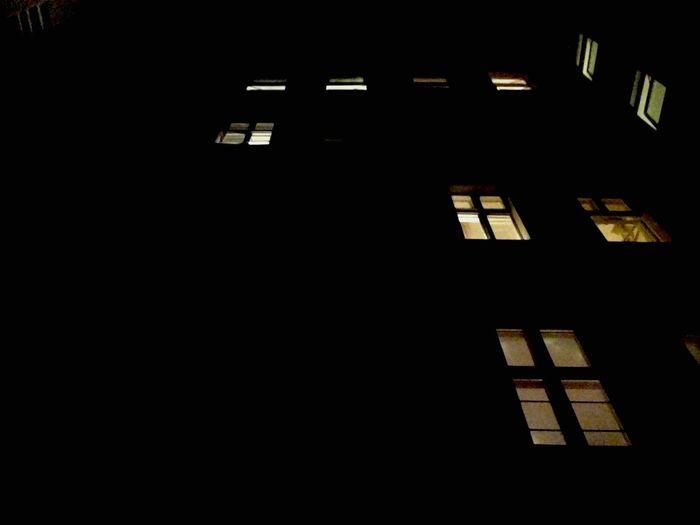 IPhoneography EyeEm Home My Fuckin Berlin Architecture Architectural Detail Window Silhouette Ceci N'est Pas Un Objet Dard Waiting