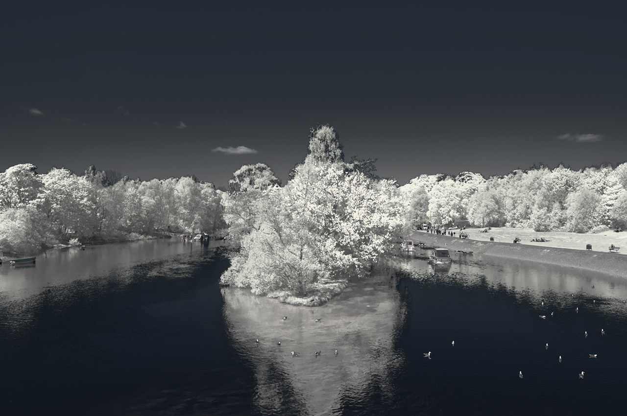 Beauty In Nature Day Infrared Lake Loch  LochLomond Nature No People Outdoors Reflection Scenics Sky Tree Water