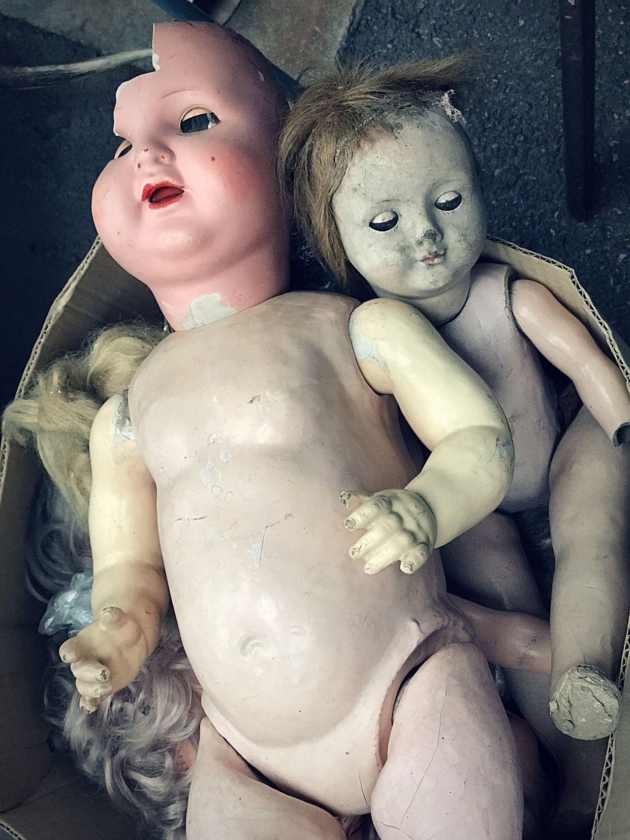 Dolls Flee Market Vintage Toys Old Dolls Old Scary Broken Toys Puces Du Canal Lyon