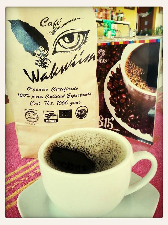 Disfruta de un rico café 100% Arabica orgánico certificado de las regiones de la Sierra Norte del estado de Oaxaca.
