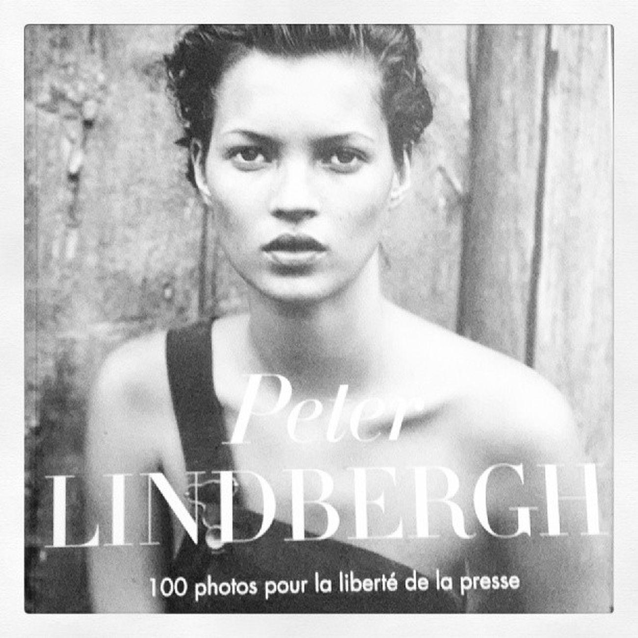 Achetez le magazine 100 photos pour la liberté de la presse, en noir et blanc Peter Lindbergh Reporterssansfrontiere