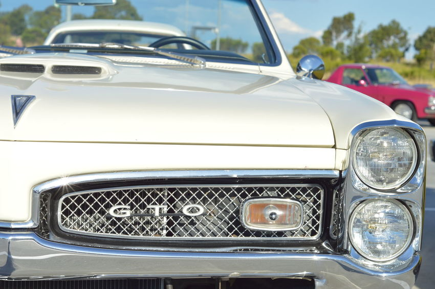 Car Close-up Collector's Car GTO Huge Luxury Old-fashioned Pontiac