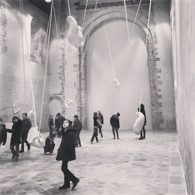 Art Exhibition Contemporary Art Patrimoine Old Places Sculpture Sculptures People Watching People And Art Art Inspection Blackandwhite Black & White Black And White Blackandwhite Photography People Watching Art