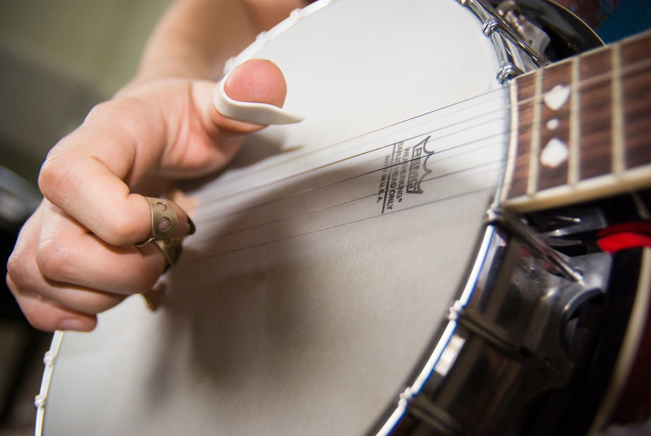 human hand, human body part, one person, holding, real people, music, playing, human finger, musical instrument, paper, musician, indoors, men, close-up, drummer, day, people