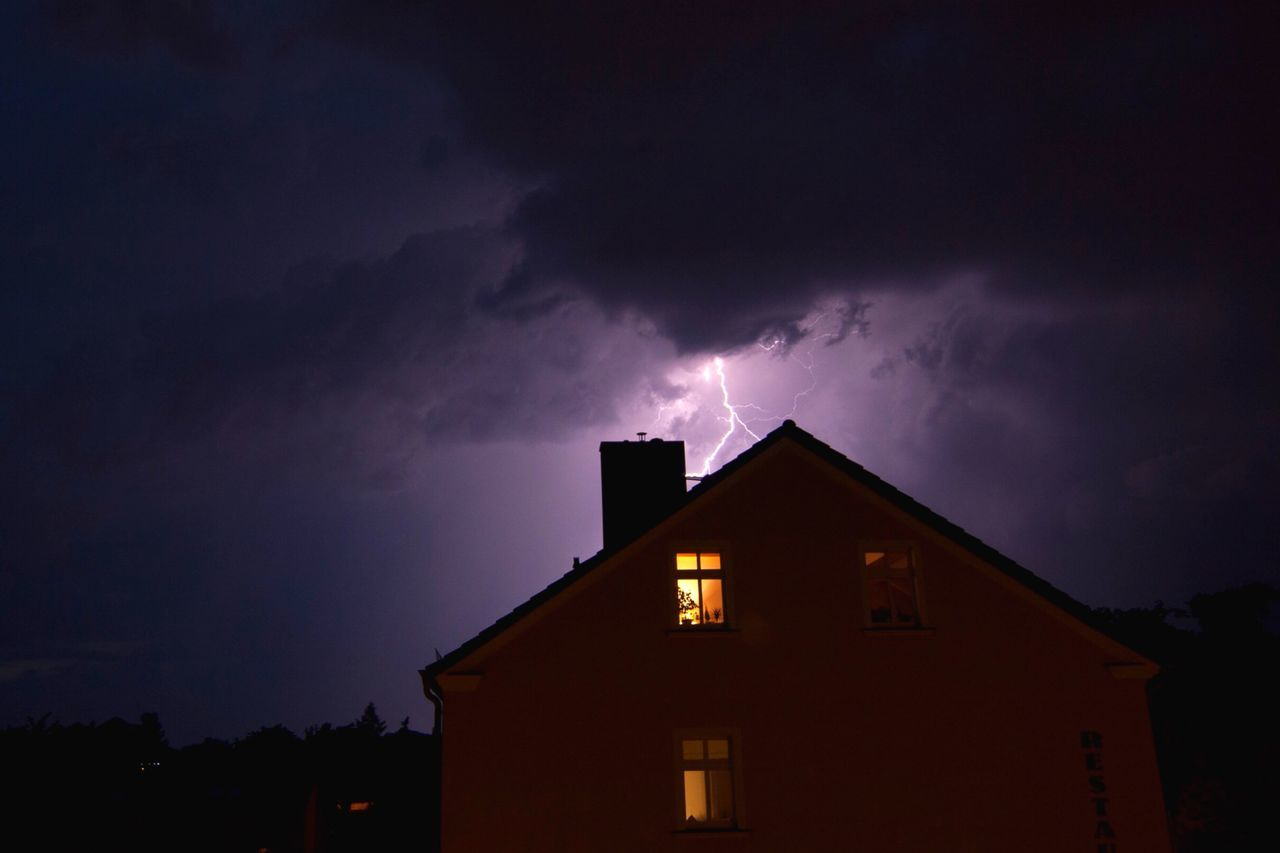 Beautiful stock photos of lightning, Architecture, Atmospheric Mood, Beauty In Nature, Built Structure