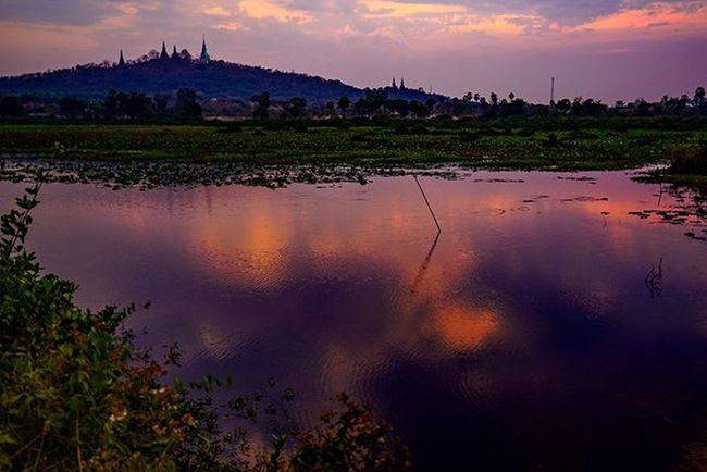 Reflection of colours of a Oudong sunset. Sony a7 experience @ Wat Oudong. Sony A7s Sonyalpha Sonyimages SonyA7s Sonycamera Sonyphotography Theappwhisperer Adventurevisuals GoodRadShot Fhotoroom PicHitMe EyeEm EyeEm_O MenchFeature Photography Pixelpanda Visitorg Aop_Lab Yourworldgallery SeeOurWorldNow Runningtheworld Natgeo Natgeotravel Natgeoyourshot Cambodia PhnomPenh @fhotoroom_ @pichitme @goodradshot @street_hunters @pixel_panda_ @eyeem_o @photocrowd @photoadvices @worldphotoorg