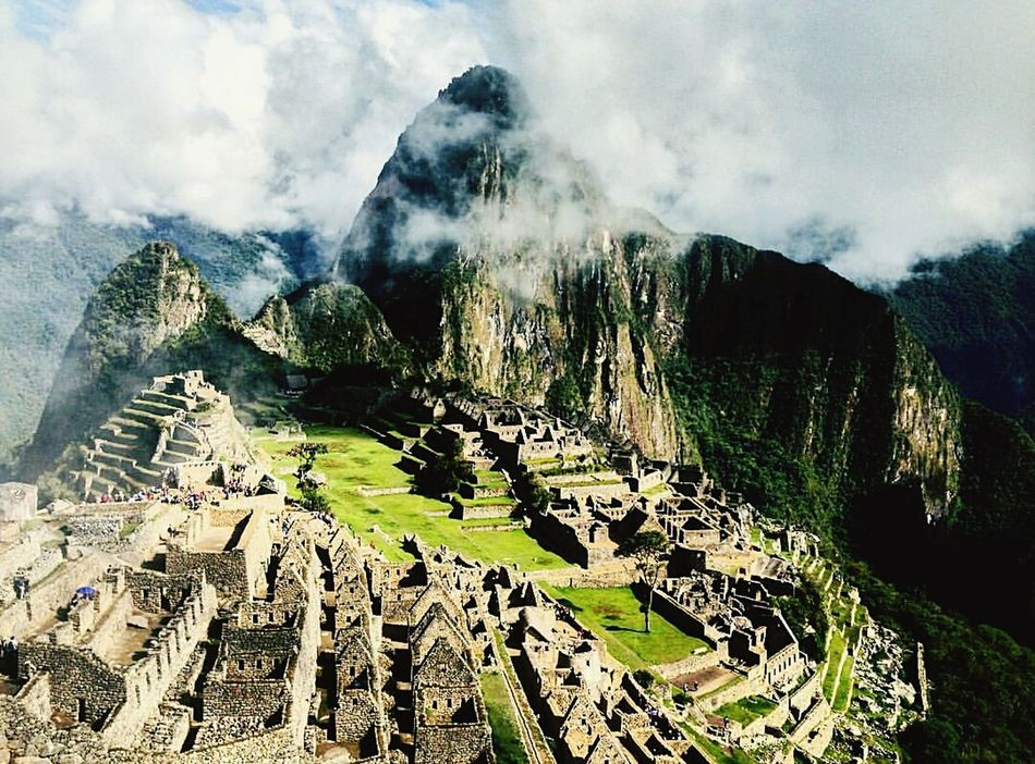 Scenics Cloud - Sky Sky Outdoors Nature Day The Way Forward Travel Destinations Travel Life In Motion Naturelovers Landscape Peru Perutravel Inca Sacred Valley MachuPicchu Wonderful_places