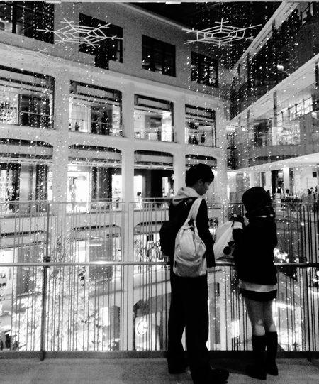 小さな恋のメロディ Snap Snapshots Snapshot Black And White EyeEm Best Shots - Black + White People Watching People Photography IPod Touch