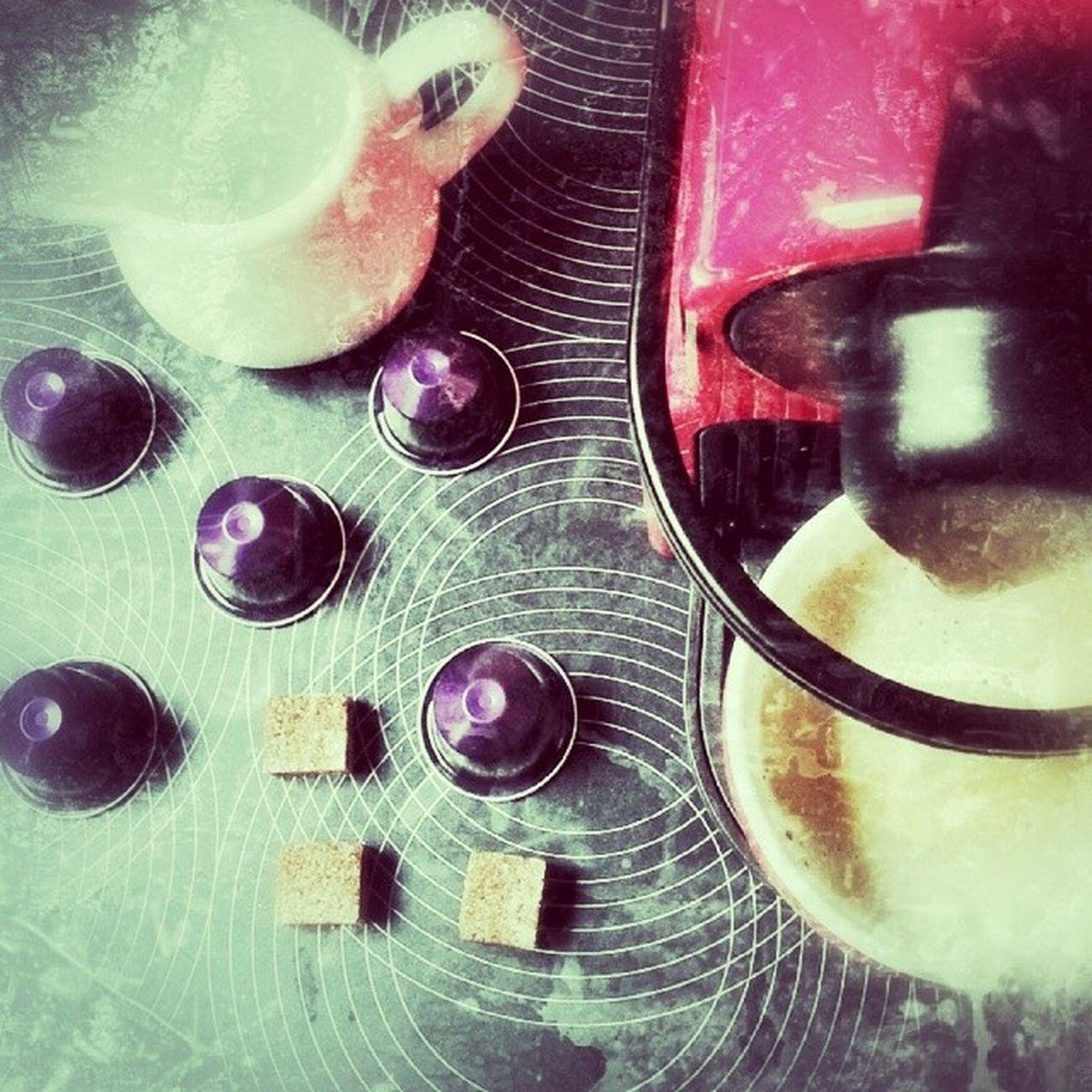 ? ON SUNDAY MORNING ? Coffeetime Nespressomoments Sugar Milk