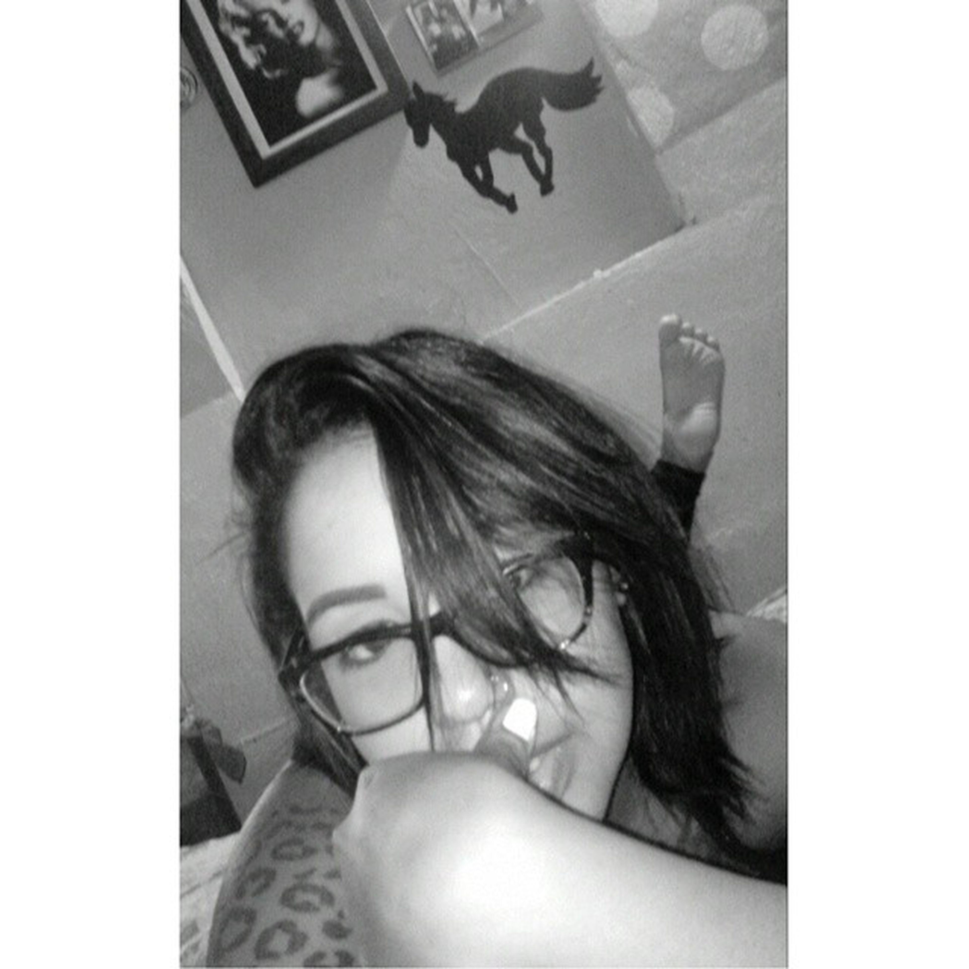 Muerta en vida pero antes selfie Callate Mefui Goodnight Pzychodanny Deftoneslive