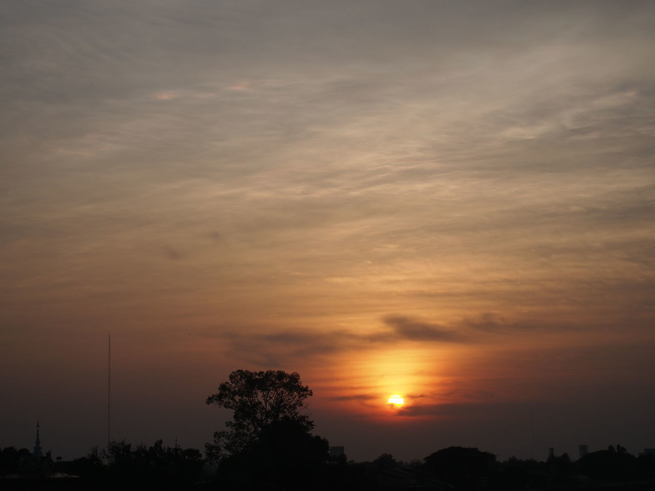 sunset, silhouette, orange color, tree, beauty in nature, tranquil scene, nature, scenics, tranquility, no people, sky, cloud - sky, outdoors