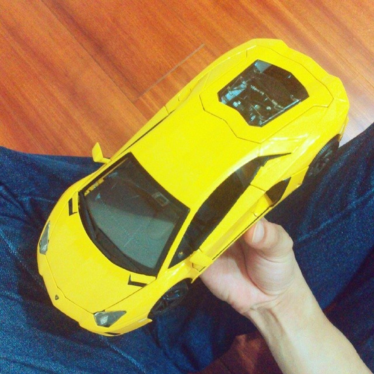 耶~~~新ㄅㄨㄅㄨ Lamborghini Aventador Lp700 Bburago  modelcartoy