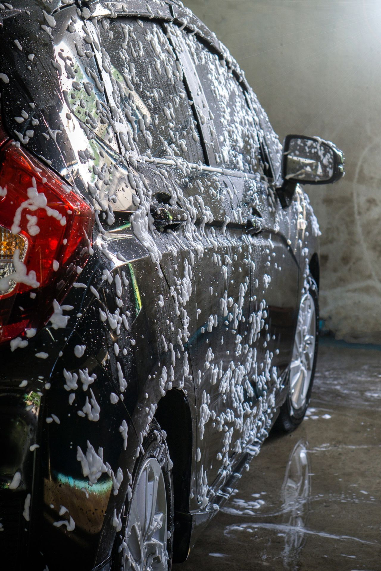 Car Carwash Car Washing Car Wash Auto Automobile Transportation Black Water Day Outdoors No People Close-up Clean Bubble Bubble Soap Soap Soap Bubbles Soap Sud Soapbubble Soap Bubble Cleaning