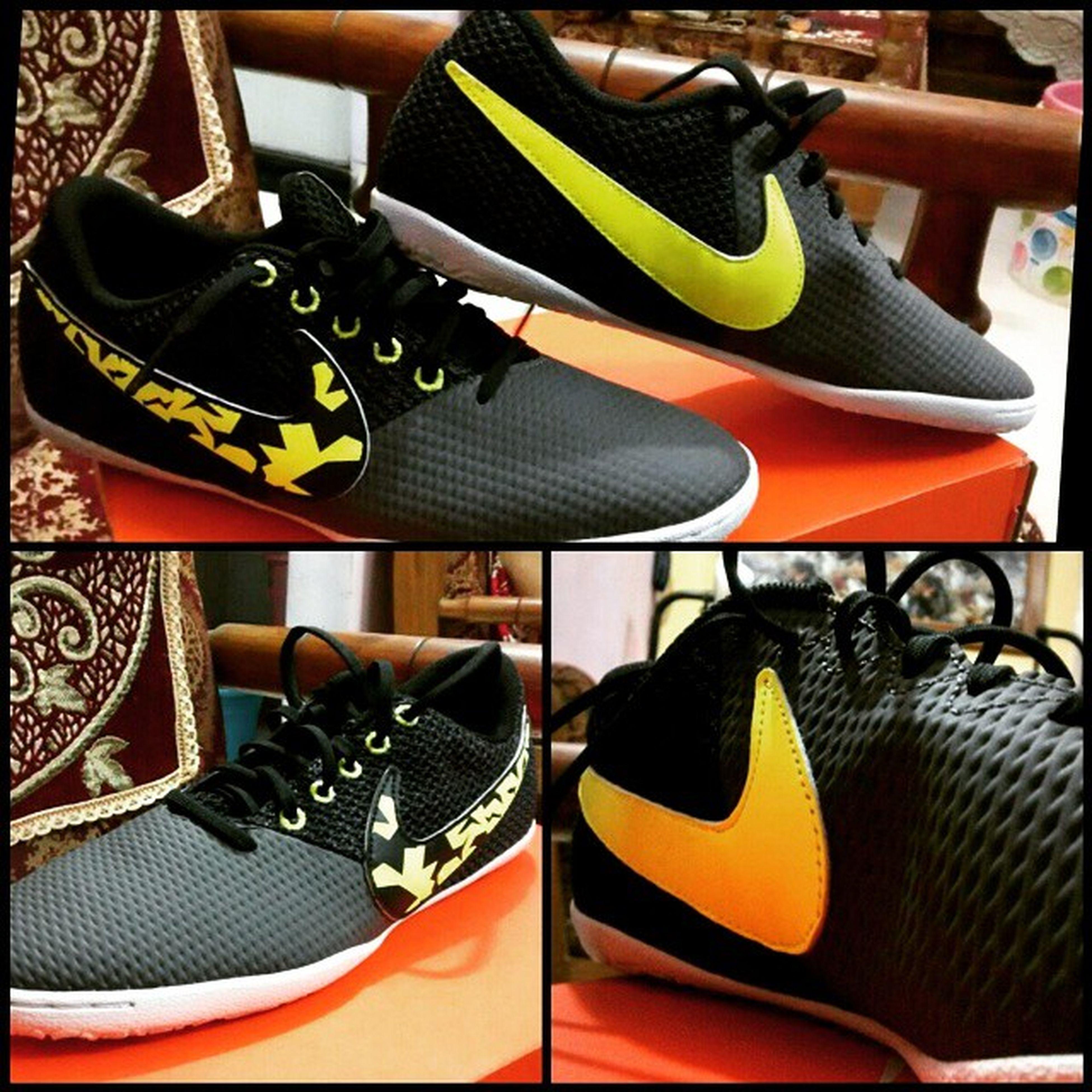 My New.. Nike Elastico Pro iii IC 😍😏 Nike Nikefootballx Nikeealstico ElasticoproIII Nikefutsal Niketurfs Nikeindia Nikefootball Nikefootballsociety Nikefootballswag Ohyeah :-> Thank you @s.tasneem :) :*