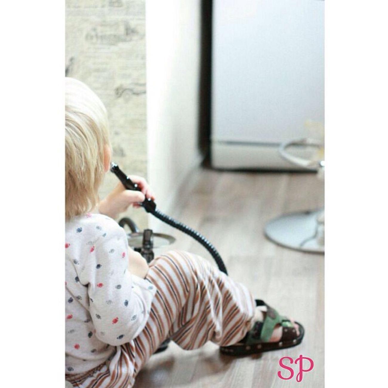 выдалась свободная минутка - можно подумать и о высоком (фото постановочное кальян ребенку не дают!!!)