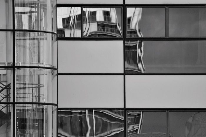 Building reflections. Hidden Gems  Architectural Feature Modern Architecture Building Exterior Reflections In The Glass Windows Building Reflections EyeEm Best Shots Black & White Glass Reflection EyeEm Gallery Buildings Building Exteriors Eye4photography  Built Structure Exterior Design EyeEm Masterclass Architecture Modern Building Getty X EyeEm Check This Out EyeEm