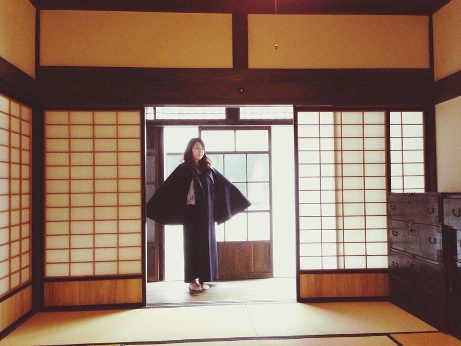 太宰治のお家でマントを羽織った 太宰治 青森 人間失格 TravelCHINOmrk 国指定重要文化財 Japan