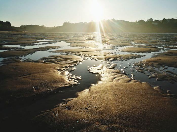 Water Sunlight Refraction Nature Sunset Brilloespecial Brigthsky Beauty In Nature Calma Na Alma. Reflection Reflejos_de_la_vida Bajamar Mareas Vivas