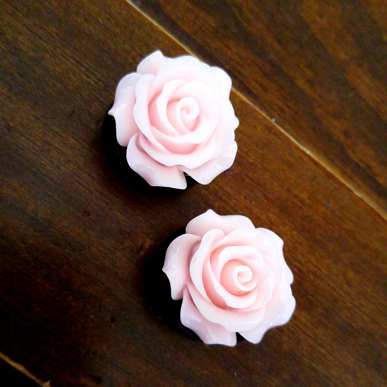 Bodymodification Newplugs Flowerpower🌸