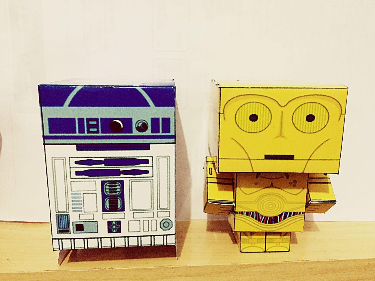 R2D2 • C3PO Starwars R2D2 C3po
