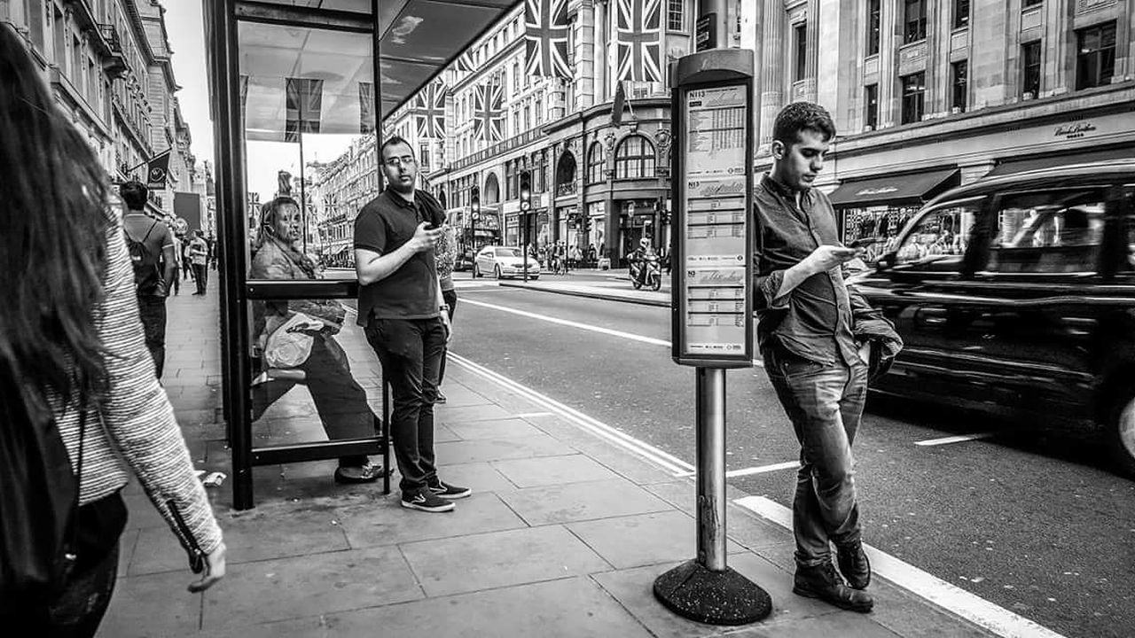 Friends.. Can you see the colours of black and white? Black & White Streetphotography Blackandwhite London Londoners
