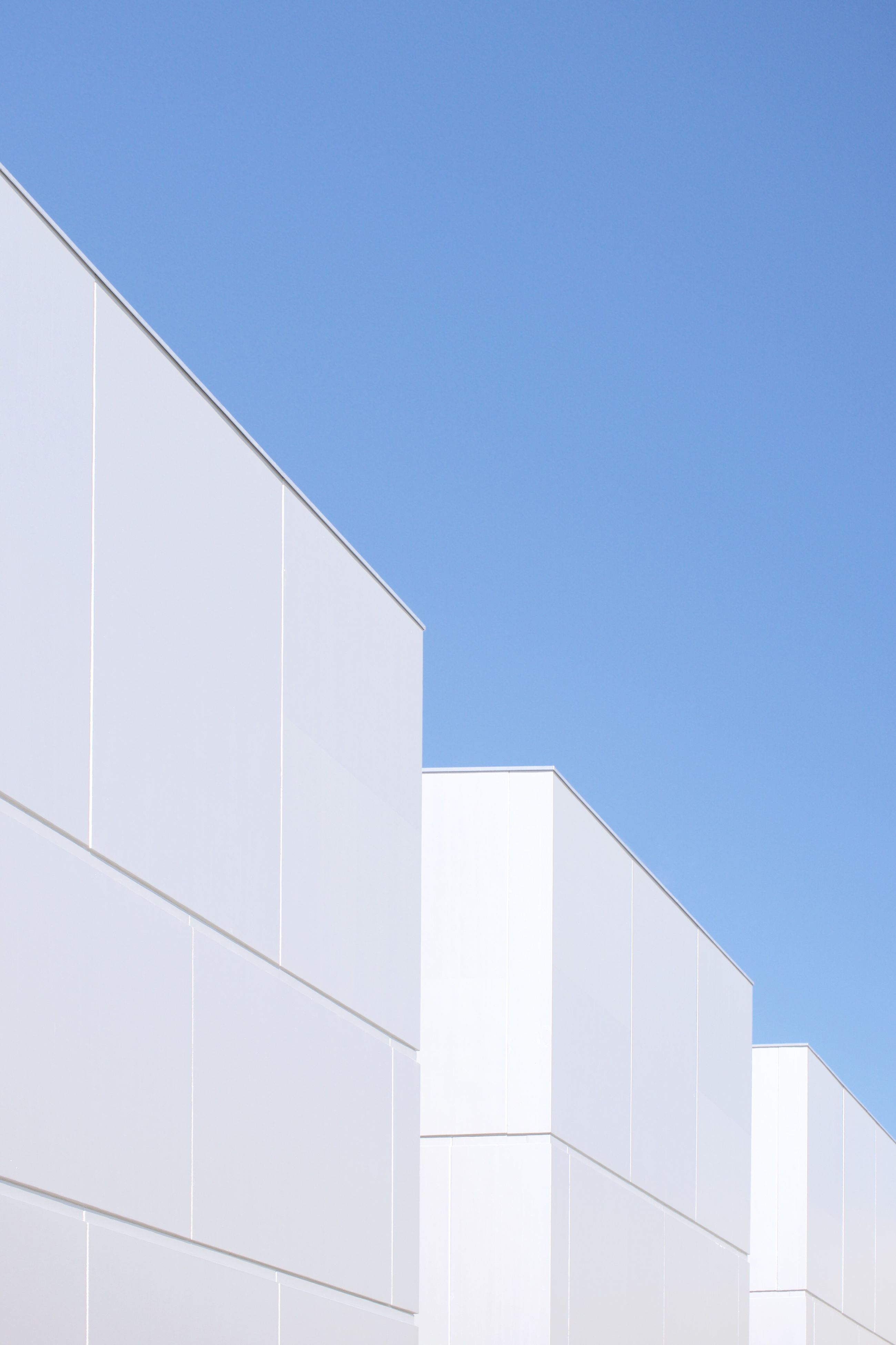 copy space, clear sky, building exterior, architecture, low angle view, built structure, blue, no people, outdoors, day, nature, sky