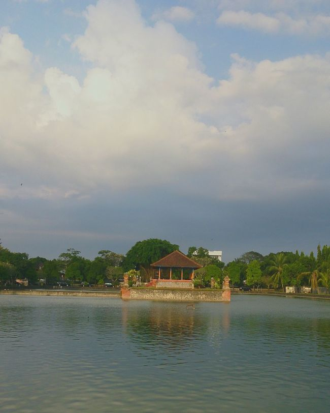 Hello World Taking Photos Hanging Out Enjoying Life Relaxing The Great Outdoors - 2016 EyeEm Awards The Places I've Been Today The Street Photographer - 2016 EyeEm Awards temple Hindustaan Park part of kingdom The History lombok indonesia Place Beautiful
