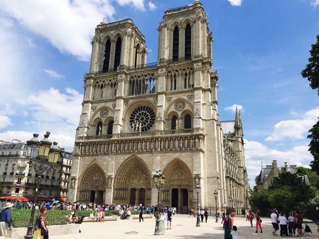Cathédrales Notre Dame De Paris Architecture Day Beautiful France Tourism Monde