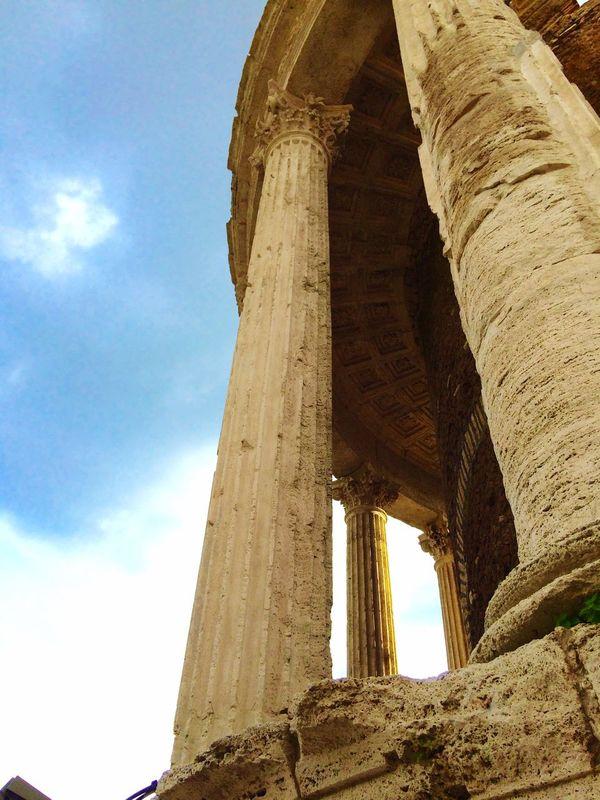Temple Tivoli Columns Capitello Art Architecture Antique