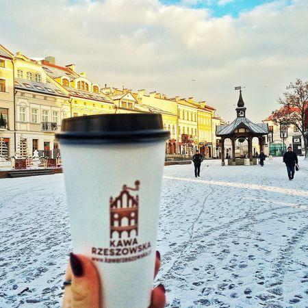 Łyk Kawy Rzeszowskiej i świat staje się piękniejszy Kawarzeszowska Kawiarnia Kawa Coffee Coffee ☕ Coffebreak Coffeelove Coffeetogo Rzeszów Podkarpacie