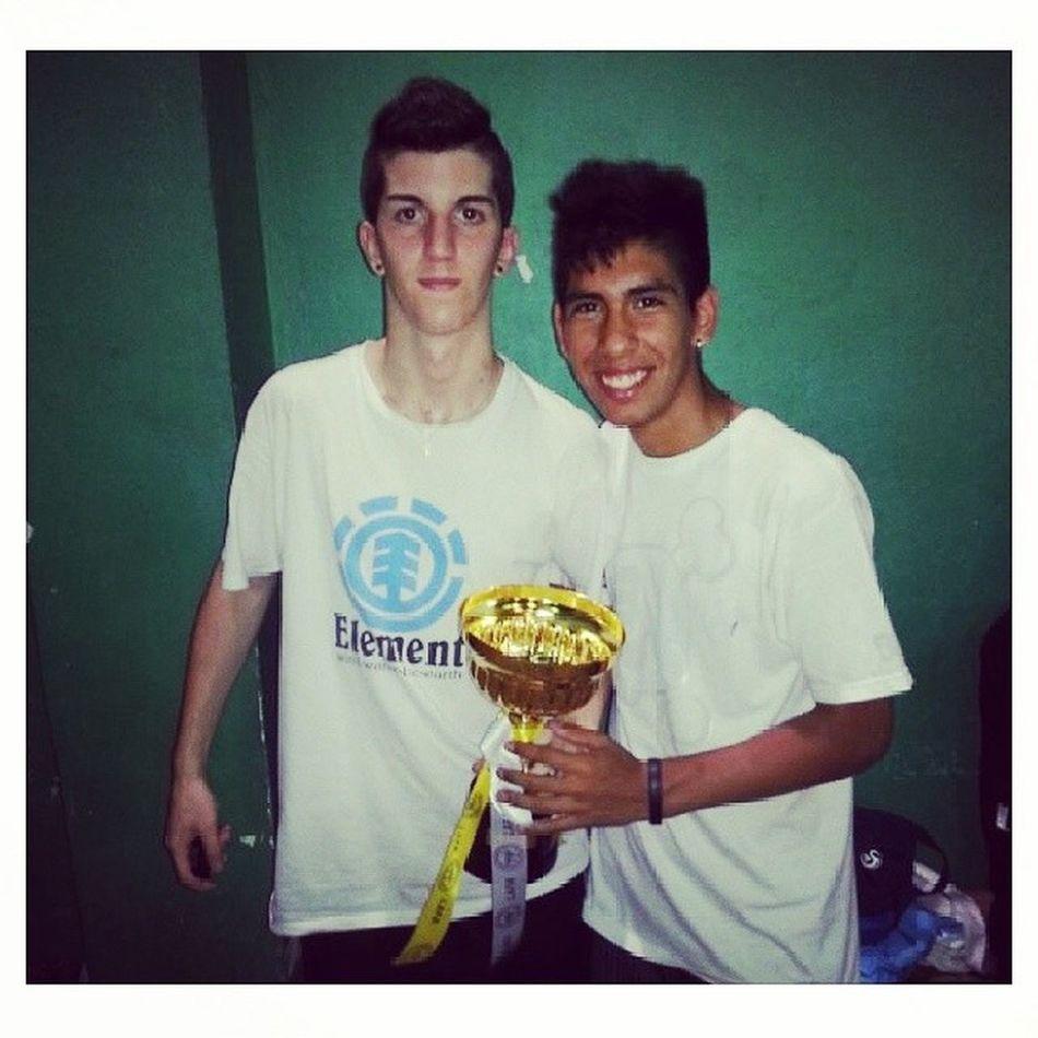 con mi amigo crack @fede_jr Crack Futsal Biblio Campeones 11 10