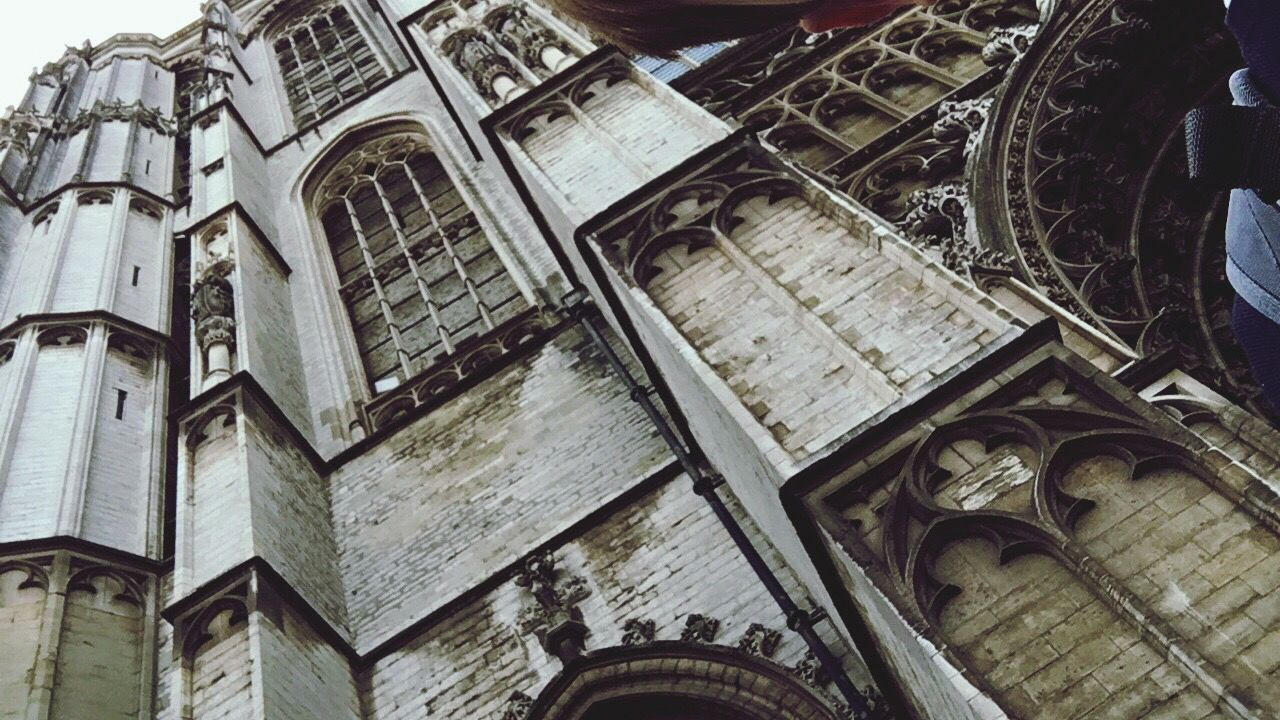 architecture, no people, history, low angle view, day, outdoors