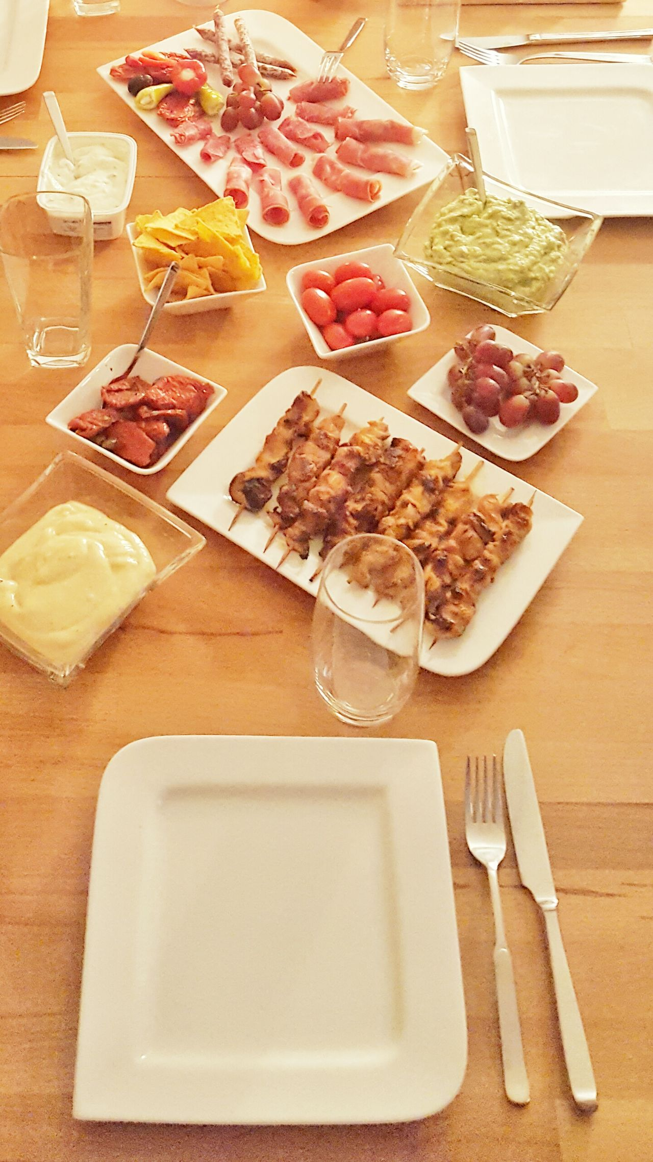 Food And Drink Breakfast Healthy Eating Ready-to-eat Food Eating With Friends Fingerfood Dinner Dining Take A Seat Sit Down Relax Relaxation Together Eating Party Cooking Tapas Table Table Top Decoration