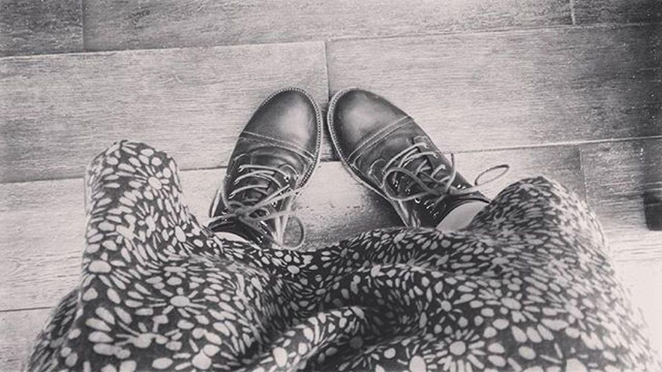 Shoes Boots Olddress Botines Botas Zapatos Vestidoviejo Esperando Waiting Show Case: Febrary