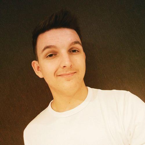 Guy Teenager T-shirt White Brown EyEmNewHere