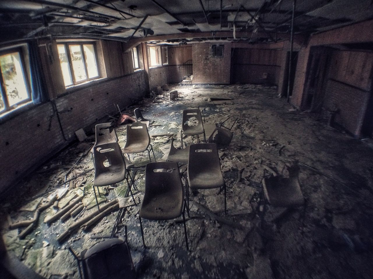 Abandoned Obsolete Messy Damaged Run-down Indoors  Bad Condition Window Ruined Worn Out Old Ruin Broken Interior Deterioration Destruction Weathered Empty No People Discarded Desolate