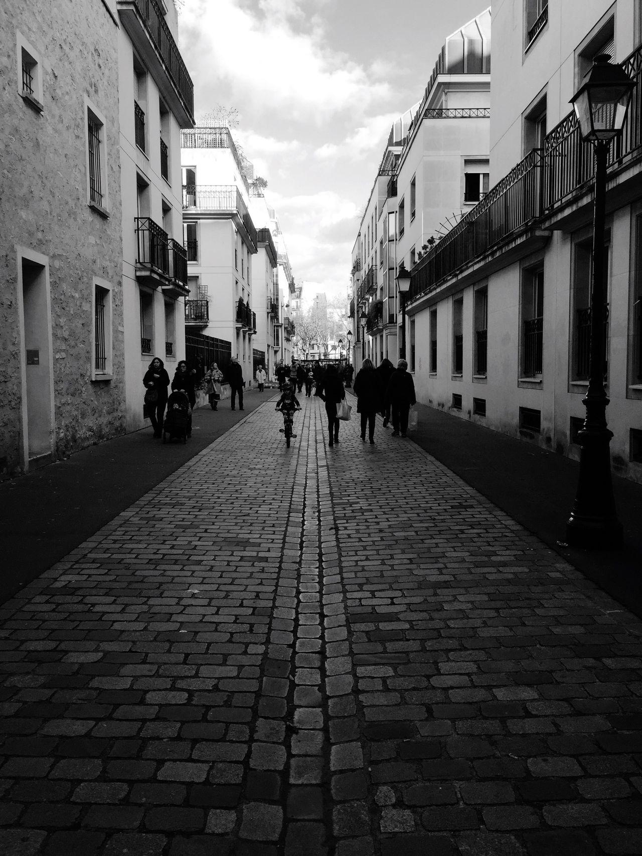 TheMinimals (less Edit Juxt Photography) EyeEm Best Shots - Black + White Streetphoto_bw Bw_collection Black & White Blackandwhite Black And White EyeEm Best Shots