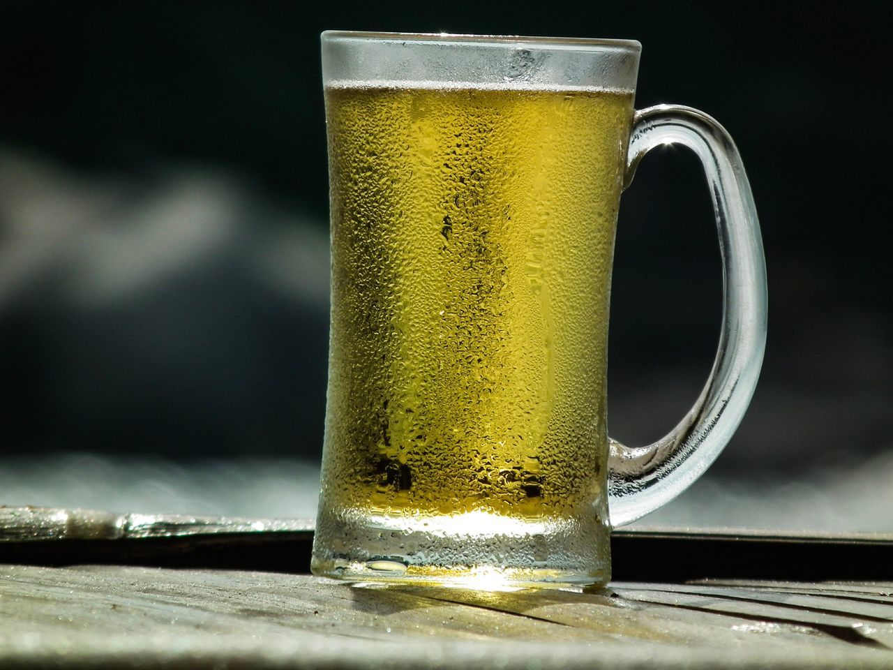 Draft Beer make your thought is relaxing 😉 Beer - Alcohol Beer Glass Drink Refreshment Table Frothy Drink Close-up Beer Food And Drink No People Alcohol Drinking Glass Freshness Froth Focus On Foreground Pint Glass Cold Temperature Day Indoors
